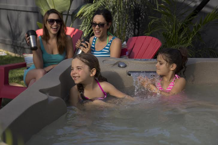 hot tubbing with children