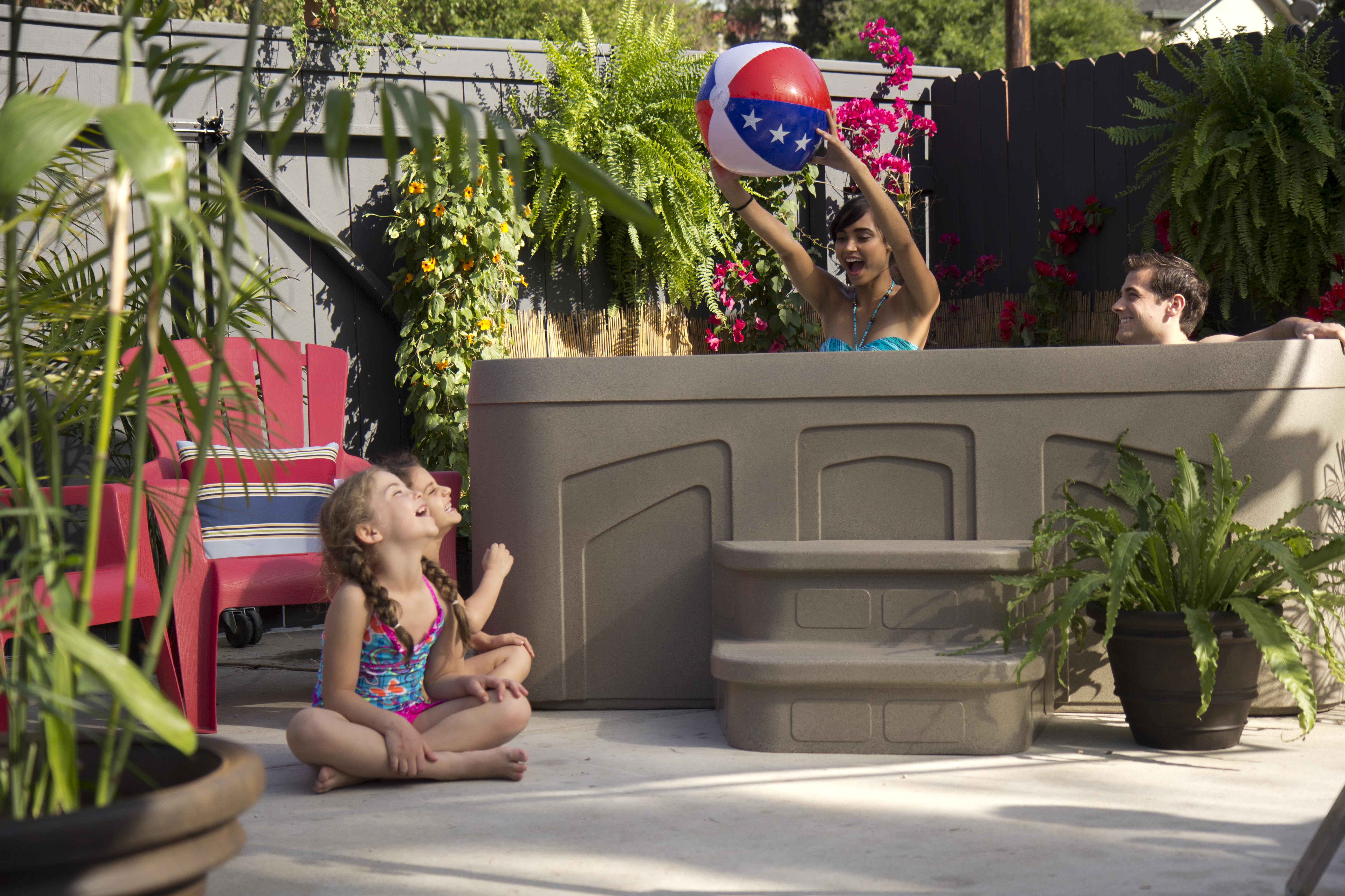 4 Spa Games to play in your Hot Tub (the G rated version!)